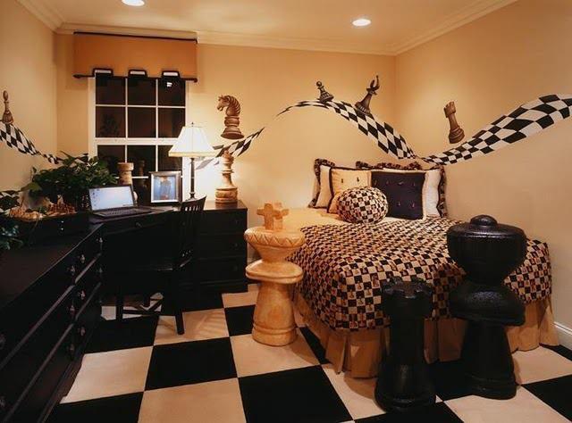 http://www.pogonina.com/images//chessroom.jpg